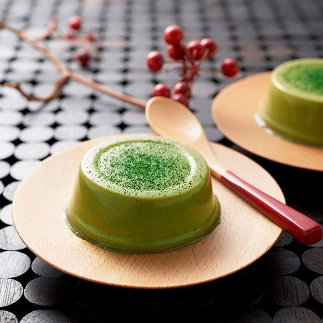"Pudding made with pure ""Matcha"" green powdered tea. Matcha itself is manufactured in Kyoto Uji area, a region well-known for matcha. Itohkyuemon's founder Tsuneemon Itoh began selling tea in Uji Tawara Town in 1832 . . . . . #matchatea #ujimatcha #myjapanbox #premiumbox #monthlybox #monthlysubscription #subscriptionbox #subscribe #boxfromjapan #onlyinjapan #madeinjapan #candybox #snackbox #teabox #tealover #tea #anime #fashionbox #ramen #secretbox #discoverjapan #japan #japon #japanese #japa…"