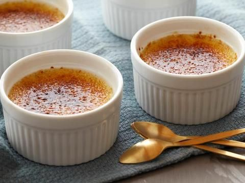 What's cooking? Alton's 5-star Creme Brulee!Desserts, Food Network, Alton Brown, Sweets, Brown Creme, Brulee Recipe, Creme Brûlée, Creme Brulee
