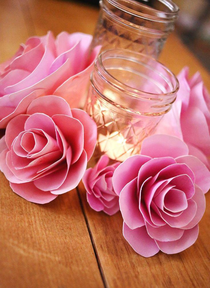 Как сделать розу из бумаги своими руками: 4 простые техники http://happymodern.ru/kak-sdelat-rozu-iz-bumagi/ Roza_iz_bumagi006 Смотри больше http://happymodern.ru/kak-sdelat-rozu-iz-bumagi/