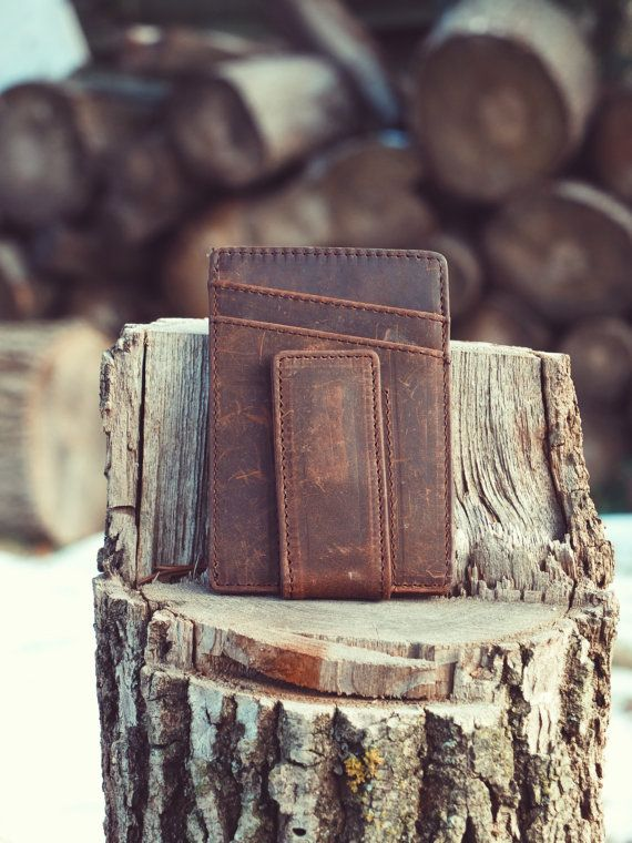 Vintage, handcrafted genuine crazy horse leather wallet, with magnetic money clip. Designed by the shores of Georgian Bay, CANADA! COLOUR: Crazy