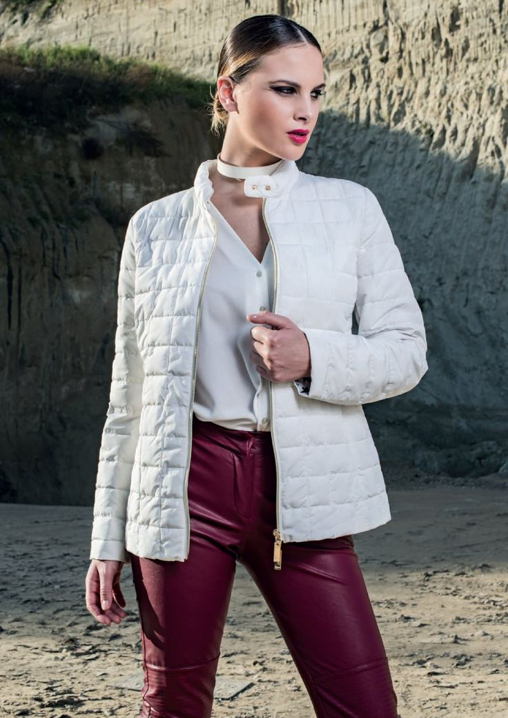 Elegant and refined eider-down, pure white with gold details.  Visit our site: www.lindas.it  #jacket #eiderdowns #downjacket #women #girl #newcollection #spring #summer #fashion #fashionstyle #white #gold #details #girly #romantic #italianstyle #fashionwoman #jackets #musthave #pinterest #jacketwoman #followus
