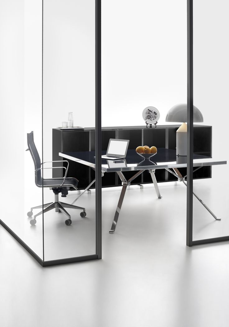 Wallsystem partition with black profile and Revo homeoffice table with black top and chromed steel structure #humanoffice