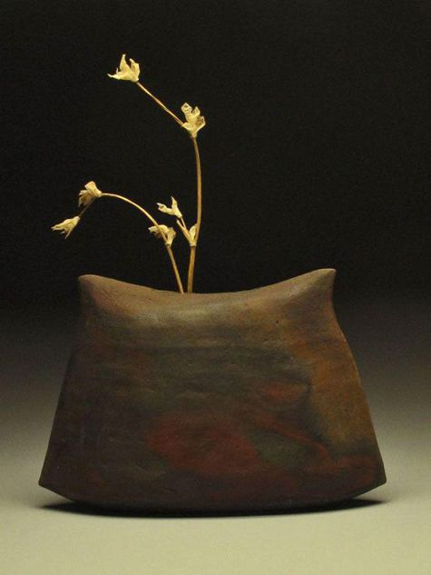 Stoneware vase – 'Envelope' – Alix Brodeur