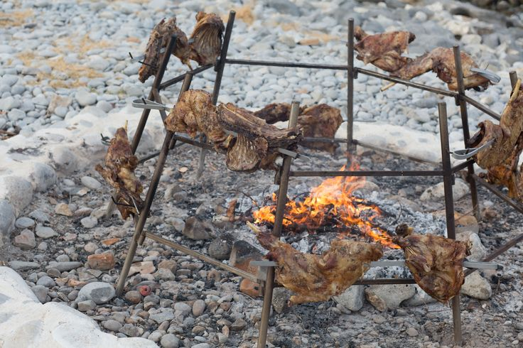 Antikristo lamb - A simple recipe meaning literally 'Across the Fire'; all you need is fire and salt. #Crete #Island #Food #Cuisine #Cretan #Feast #Epicurean #Journey #Greece
