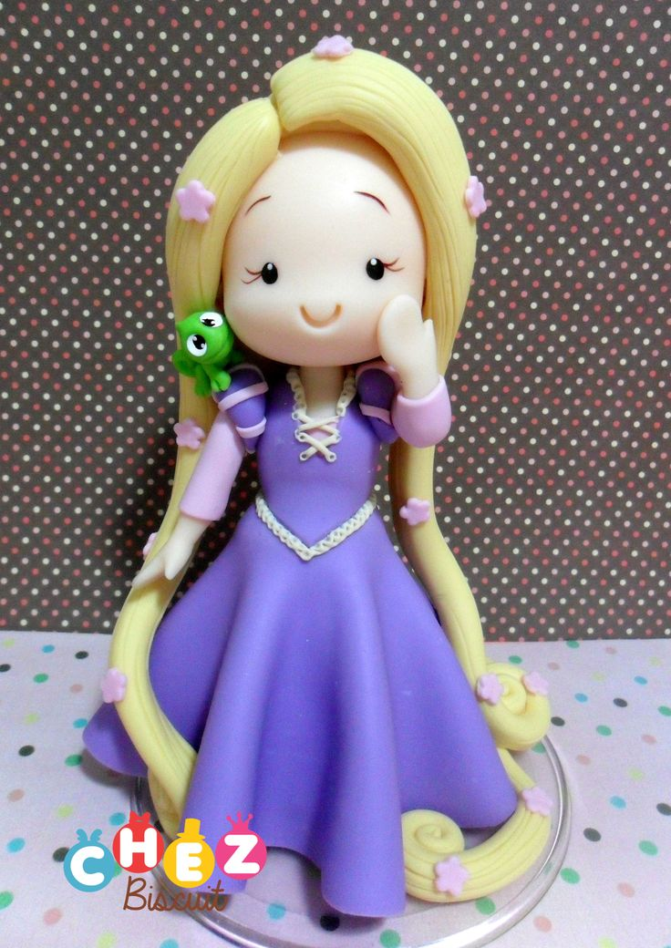 Topo de bolo, cake topper in cold porcelain, Princess in clay, modelado,porcelana fria, Rapunzel de biscuit ,Tangled in clay