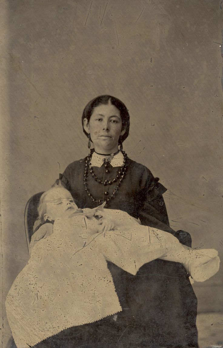 Ghost Babies: A comprehensive article that explains the nature of postmortem photography. A must-read!