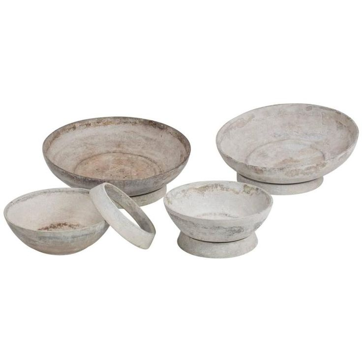 Set of Four Beautifully Weathered Eternit Mid-Century Concrete Planters 1