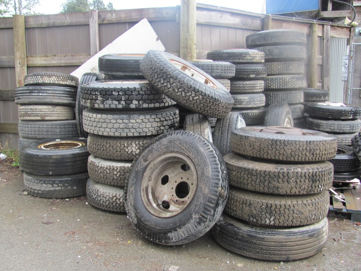 Large Selection Of Used Semi Truck Tires. www.captncrunch.ca