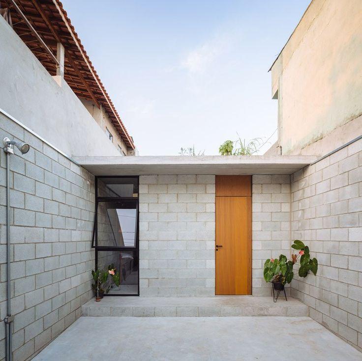fachada Casa de trabajadora domestica gana premio de arquitectura al edificio del año