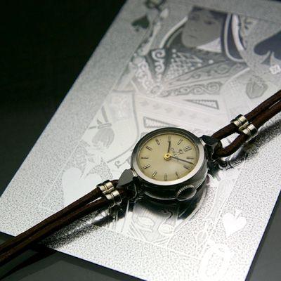 オメガ レディースアンティークウオッチ ラウンドステンレスケース 革紐ベルト – 女性用アンティーク腕時計の販売・ドレス