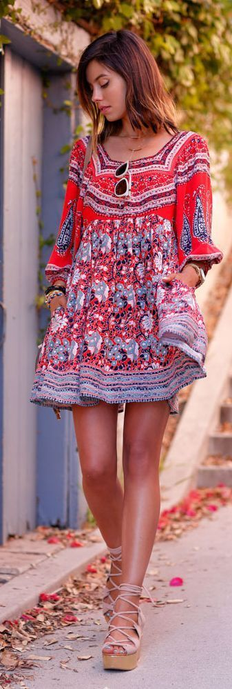 I just want this right now- so pretty! Me+This Dress= Happiness <3 Love the boho style and it's such a great summery outfit! #summerdress