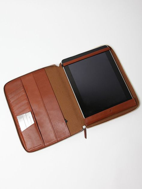 want-les-essentials-ipad-cases-11