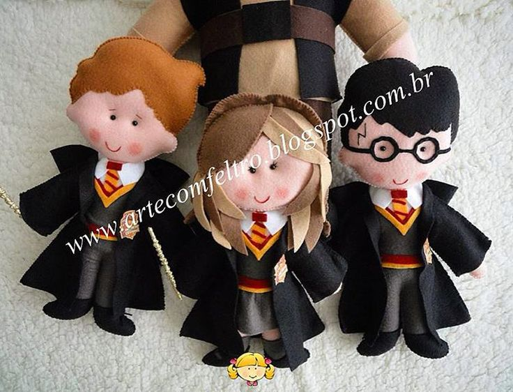 Owww eles não são fofos?⚡️⚡️⚡️(Harry Potter). Orçamentos somente pelo e-mail blogartecomfeltro@gmail.com www.artecomfeltro.blogspot.com.br #feltro #felt #harrypotter #harrypotterfeltro #hagrid #hagridharrypotter #hagridfeltro #hermione #festasinfantis #cursofeltro #aniversario #feitoamao #artesanato #apaixonadosporfeltro #trabalhosmanuais