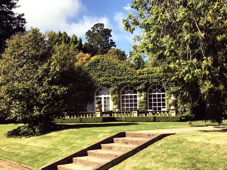 Thinking about an escape to the country?  http://theupsidedownside.com/home/2017/3/16/nsw-southern-highlands-2-of-my-favourite-places-in-bowral-to-stay-play-wine-and-dine