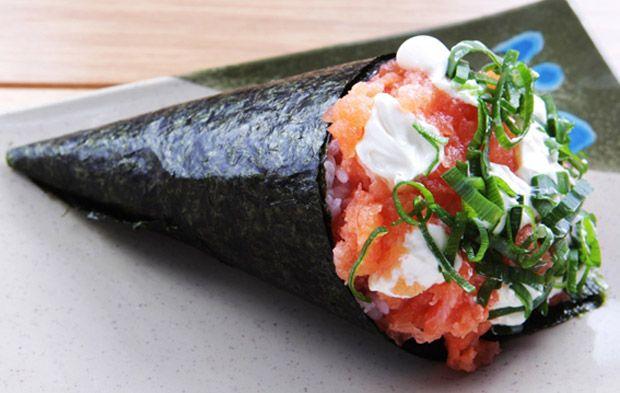 temaki, salmão, cream cheese, como fazer, passo a passo, receita, japonesa