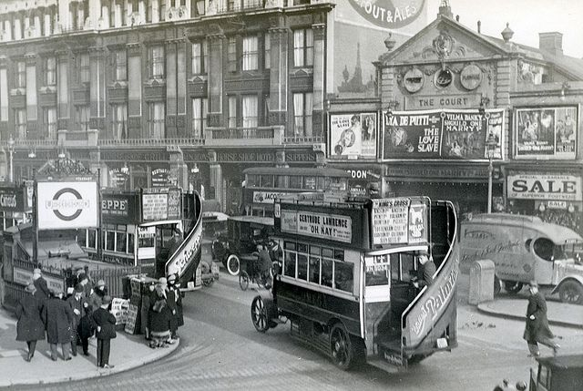 Tottenham Court road in London 1927 | Flickr - Photo Sharing!