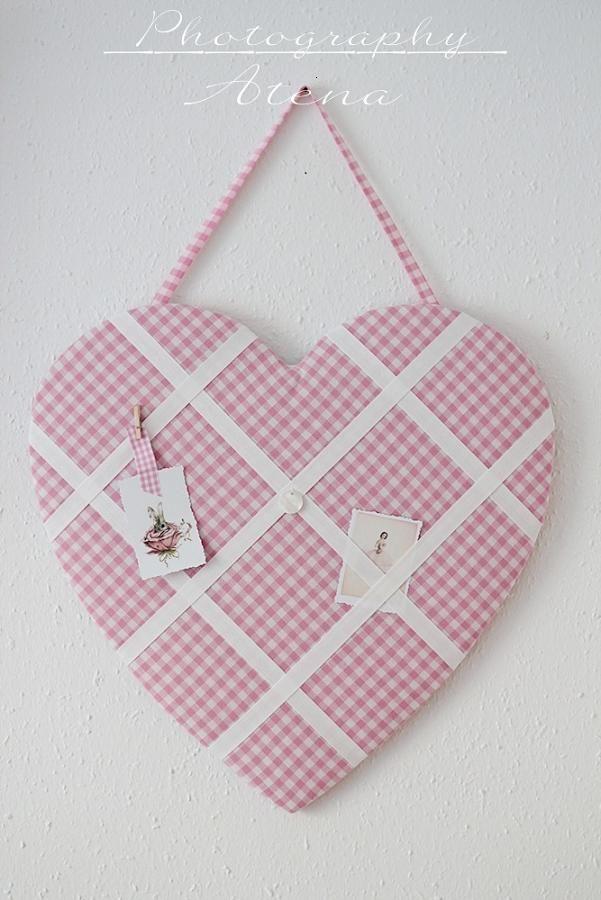 Heart memo board