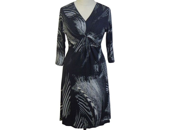 Dámské pružné midi šaty EPILOGUE, M-L/40-44/12-16. Módní pružné midi šatičky se středním řasením.
