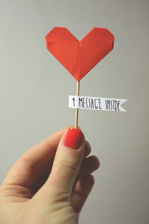 DIY Paper Heart Decoration. would be cute to include with a letter :)