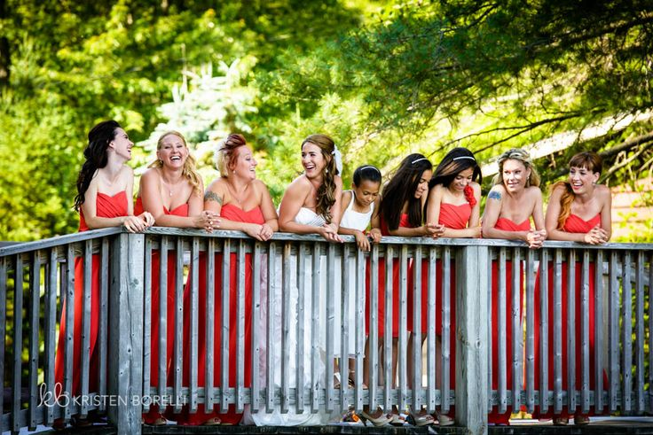 Bridesmaids in Coral Dresses  | Kristen Borelli Photography | Vancouver Island Weddings | Patterson Kaye Lodge Wedding Photography | Cottage Weddings