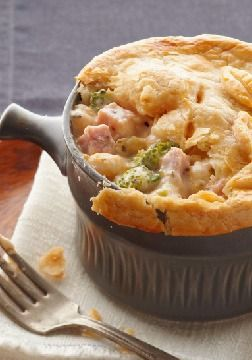 Ham & Cheese Pot Pie – Warm ham and cheese go together like broccoli and cauliflower. And we've put that in the mix, too. Our hearty, creamy pot pie looks restaurant-worthy and tastes even better.