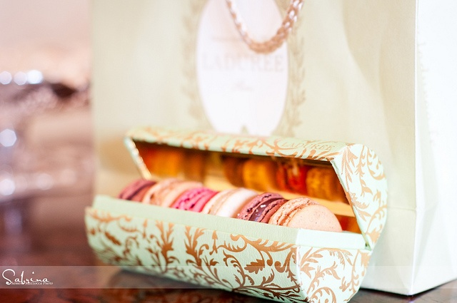 Ladurée makes the most beautiful packaging!..