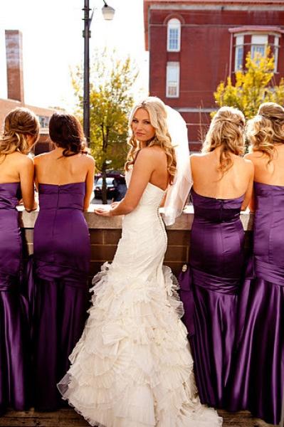 poople: Bridesmaid Dresses Dark Purple, Bridesmaid Photography Ideas, Dark Purple Bridesmaid Dresses, Bridesmaid Colors, Bridal Photo, The Bride, Bridesmaid Dresses Colors, The Dresses, Bride Dresses