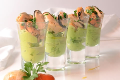 Mussels Provencal with avocado mousse