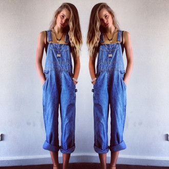jeans dungarees pants overalls blue denim vintage long baggy loose clothes denim overalls jumpsuit denim jumpsuit indie top accesoire necklace hipster gypsy fall outfits bra