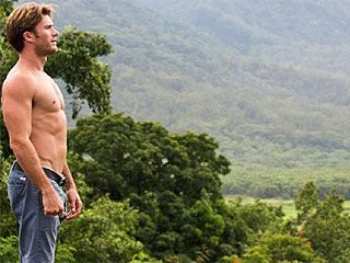 Scott Eastwood Girlfriend Images & Pictures - Becuo