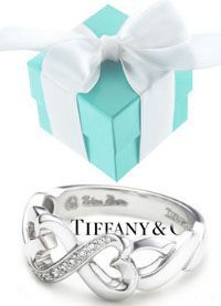 Charm bracelet #tiffany - not this exact one of course