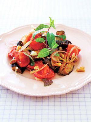 【ELLE a table】トマトとなすの地中海風サラダレシピ|エル・オンライン