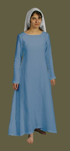 Basic kirtle and gown pattern for medieval wedding dress