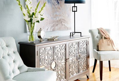 How to paint furniture - metallic silver paint for a rich luster that looks expensive. Tutorials for shiny + aged silver painted furniture ideas. More here.