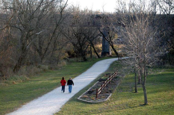 11 hikes in Iowa under 5 miles.