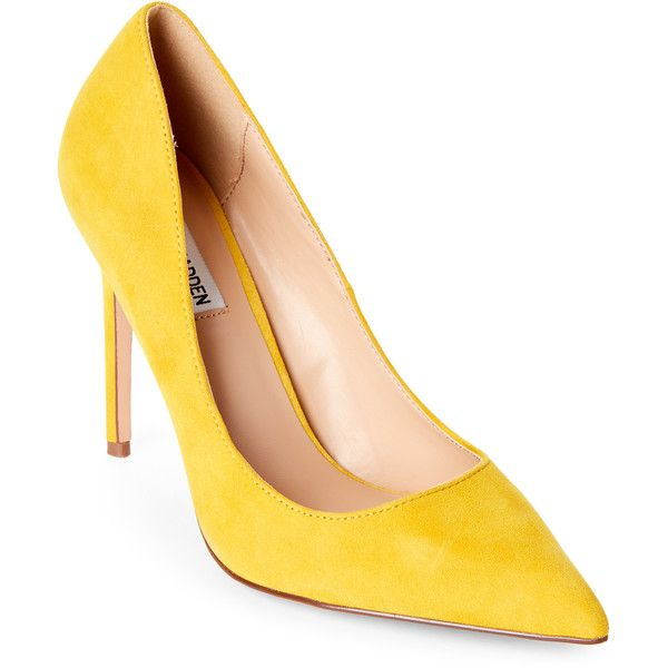 Steve Madden Yellow Poet Suede Pointed Toe Pumps (826.485 IDR) ❤ liked on Polyvore featuring shoes, pumps, yellow, suede shoes, steve madden shoes, steve madden pumps, pointy-toe pumps and yellow high heel shoes