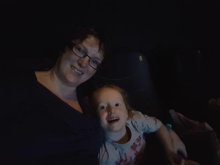 Met mijn dochtertje Sien ga ik graag naar de film. Haar enthousiasme is echt aanstekelijk ;).  sienenco.nl