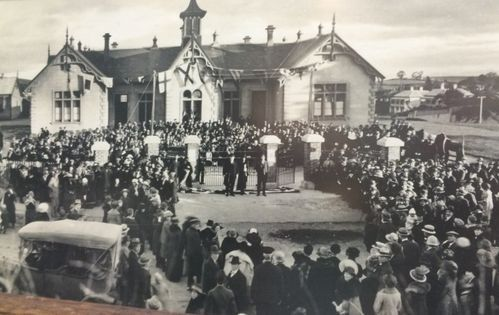 Opening of the Oamaru South School Memorial Gates - Historypin   Walking with an Anzac