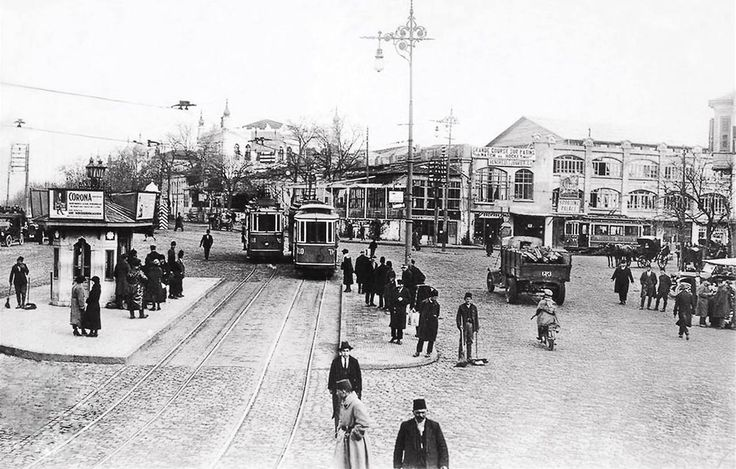 Taksim Meydanı / 1925 http://ift.tt/2x0l2qB