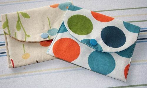 Super easy! I'm actually doing a reversible one that closes with a button instead of a snap. These make great gifts!