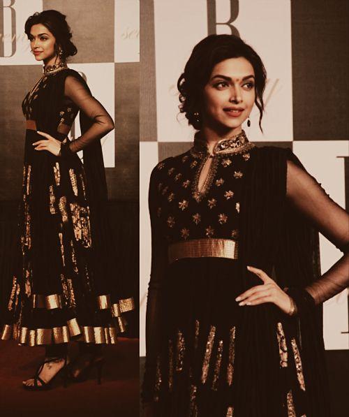 Deepika Padukone wearing a beautiful black gold glittered anarkali. #DeepikaPadukone