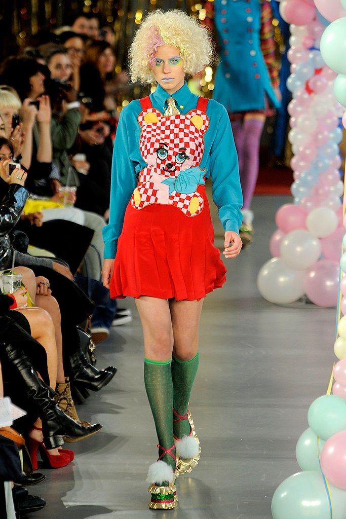 Meadham Kirchhoff Spring 2012 Ready-to-Wear Fashion Show - Imogen Newton