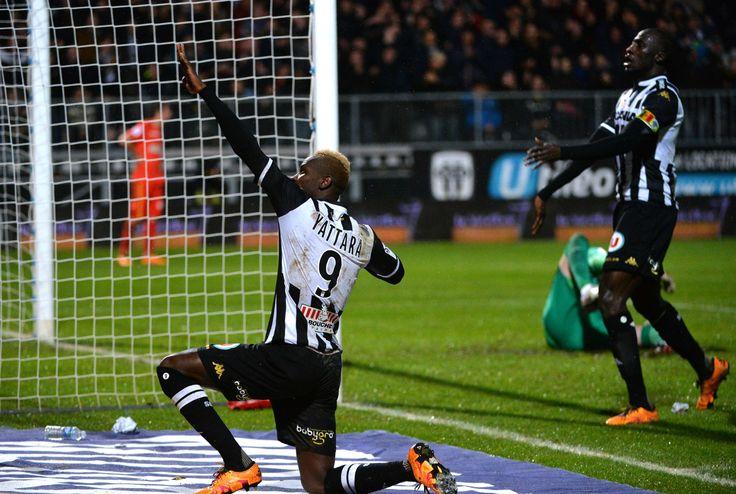 But du lateral de Angers qui leur permettait de s'imposer face a Monaco #FanEngagment #9ine @Angers