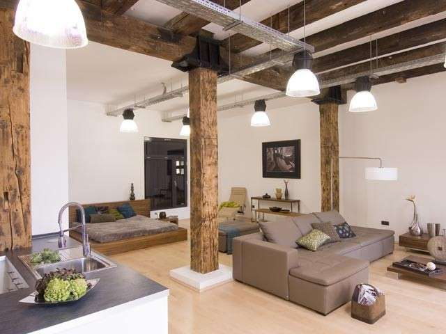 Cucina e soggiorno open space - Arredamento con colori neutri e caldi