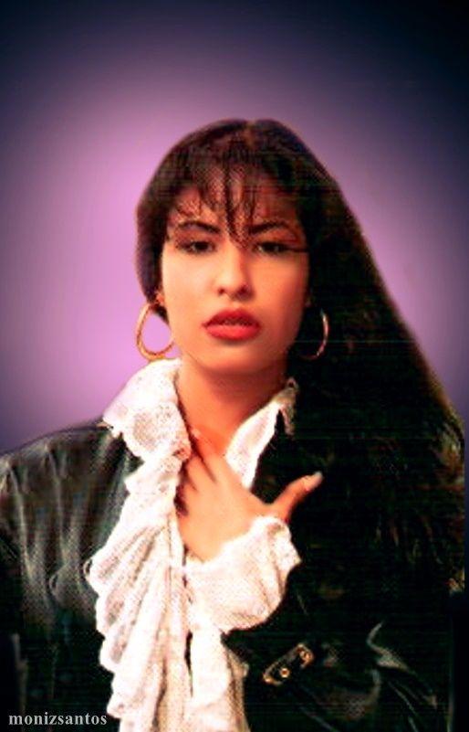 """SELENA """" Amor Prohibido photoshoot """"   https://www.facebook.com/Selena-Quintanilla-Reyna-por-Siempre-233256863447242/"""