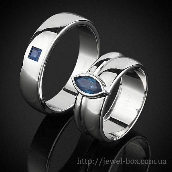http://jewel-box.com.ua/obruchalnye-kolca/obruchalnye-kolca-iz-belogo-zolota-s-sapfirami  #обручальные #кольца #киев #свадьба