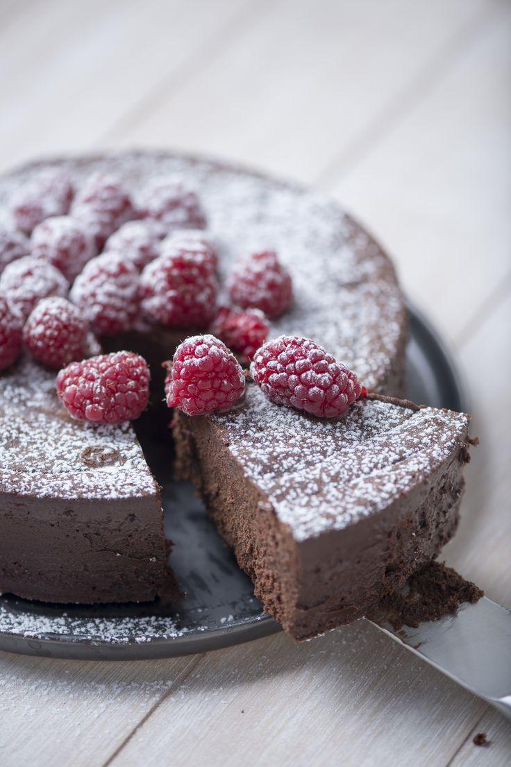 Death by Chocolate: Decadent chocolate pie ©KarlBruninx