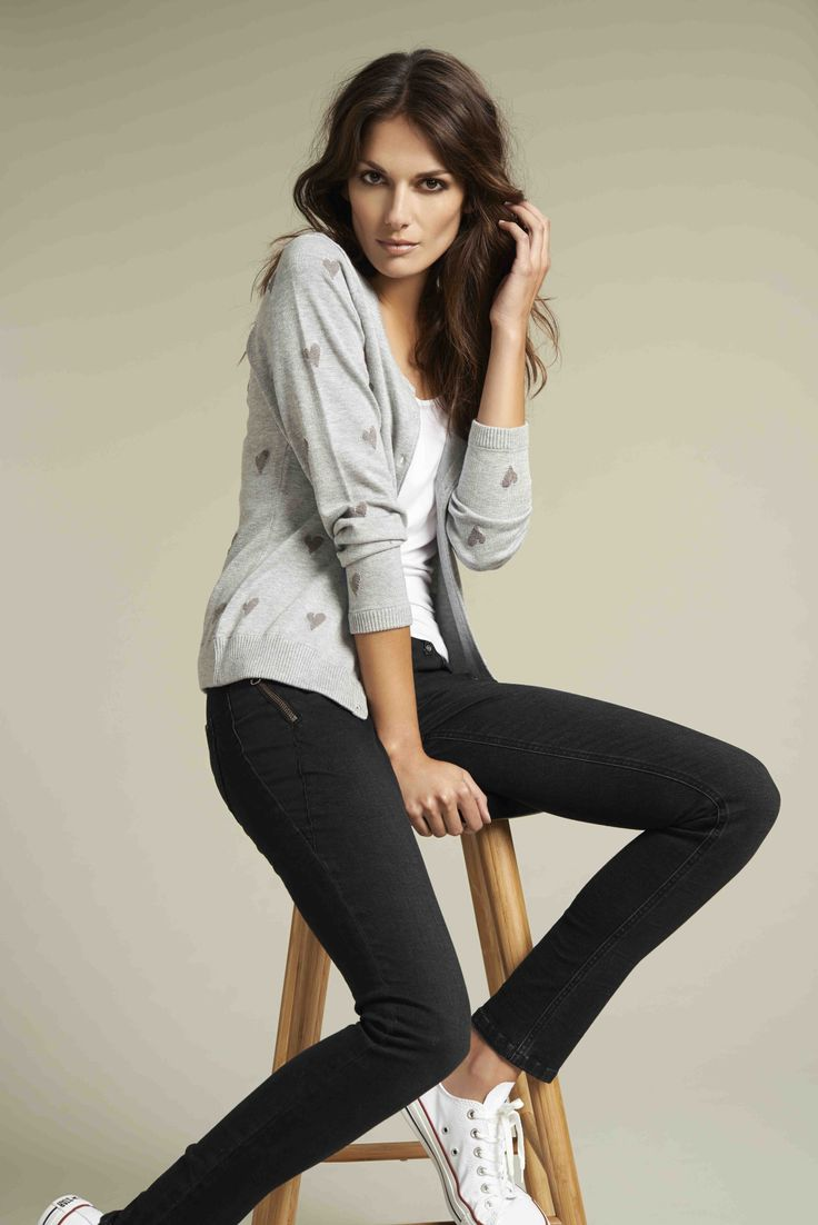 Soyaconcept - top - knit cardigan - jeans
