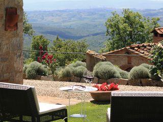 Huur een appartement in Castellina In Chianti, Siena en omgeving dichtbij de golfbaan met 3 slaapkamers, vanaf €70 per night. Voor een complete vakantie - HomeAway