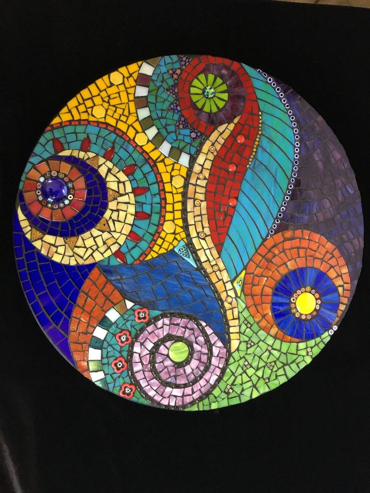 Image result for mandala stepping stone mosaic Vidrio en